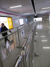 Subway corridors for crowd control